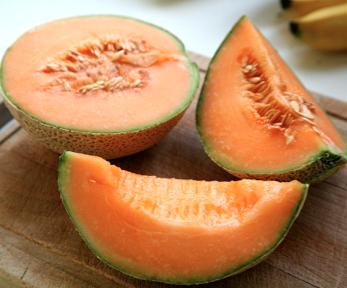 """El melón un """"suero vegetal"""", ensalada fresca de melón y serrano"""